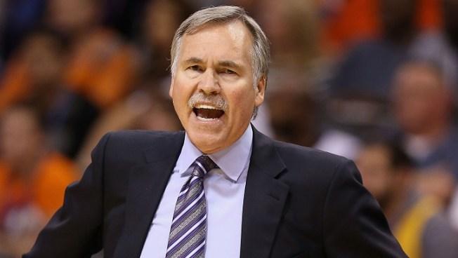 Lakers Coach D'Antoni Resigns
