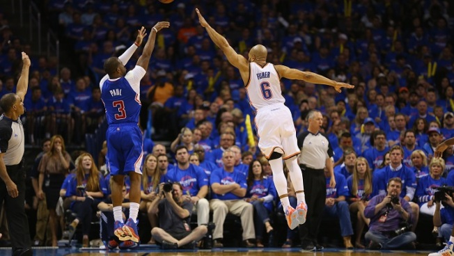 Chris Paul Blazes Clippers Past Thunder