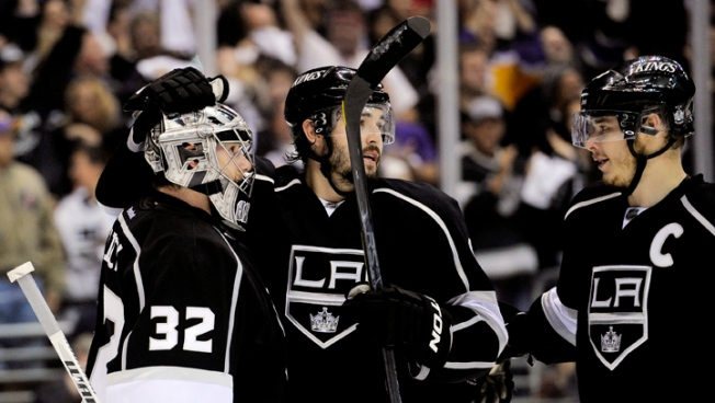 Kings Sweep St. Louis, Advance to West Finals
