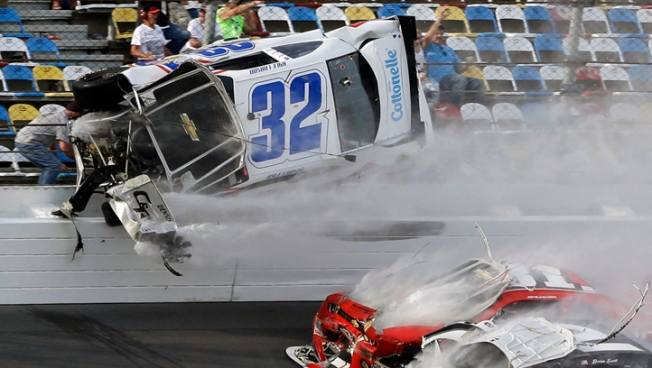 Johnson Wins Daytona 500, Danica Patrick Takes 8th