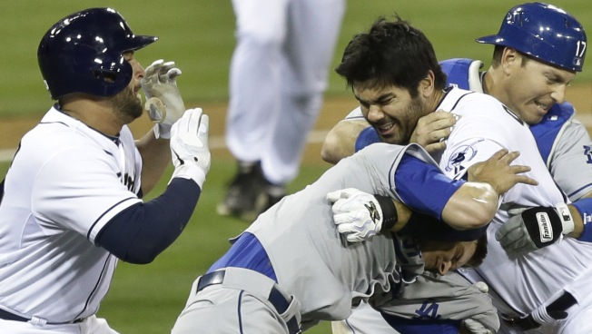 Dodgers' Pitcher Zack Greinke Breaks Collarbone in Brawl With San Diego Padres