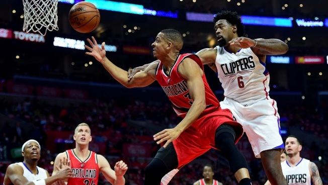 Blazers Beat Thin Clippers, Take 3-2 Lead