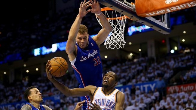 Thunder Beat Clippers in Controversial Game 5