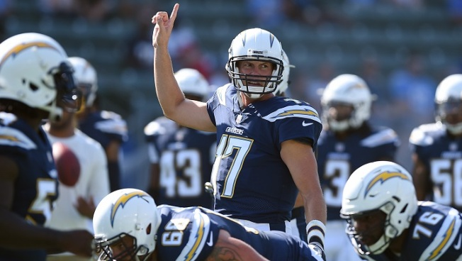 Chargers Looking for Regular Season StubHub Center Win