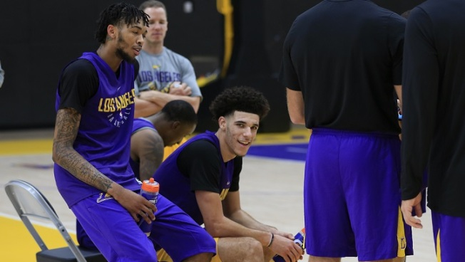 Lonzo Ball 'Playing For Sure' in Lakers' Season Opener
