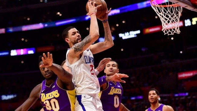 Clippers Crush Lakers 121-106