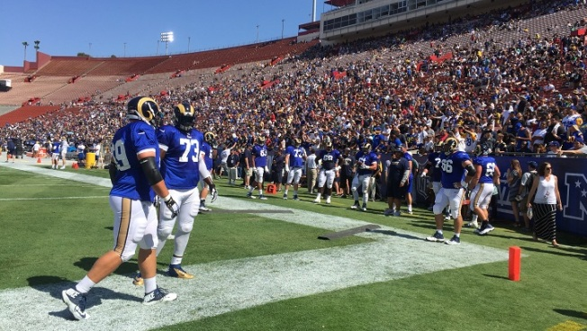 Rams Take Over LA Coliseum