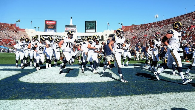 Nearly 90,000 Turn Up for Rams' Return to Coliseum