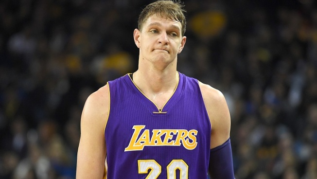 Timofey Mozgov has no plans to leave Lakers