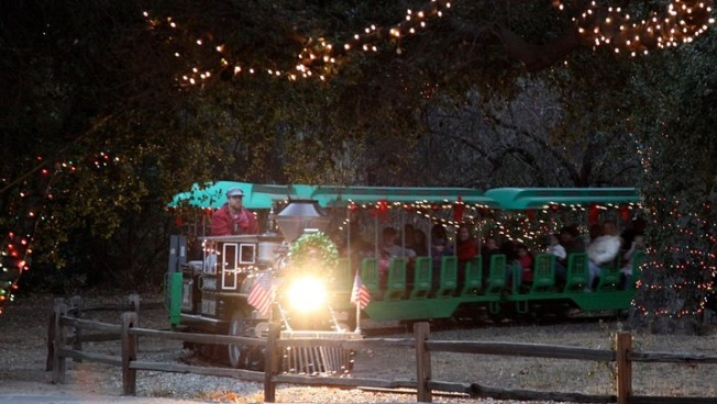 On Sale: Irvine Park Christmas Railroad Tickets