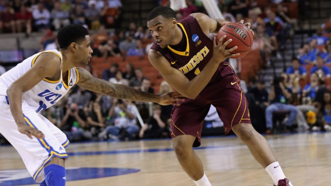 UCLA Bruins Routed by Gophers, 83-63