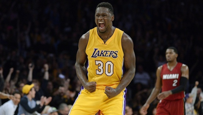 Seven Stitches For Lakers' Julius Randle