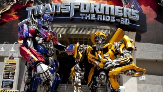 Sign of Summer: The Transformers Talk Back