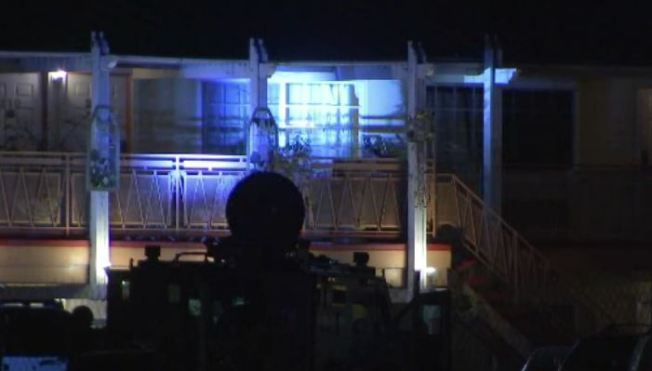 Overnight SWAT Standoff at Sherman Oaks Hotel Ends With One in Custody