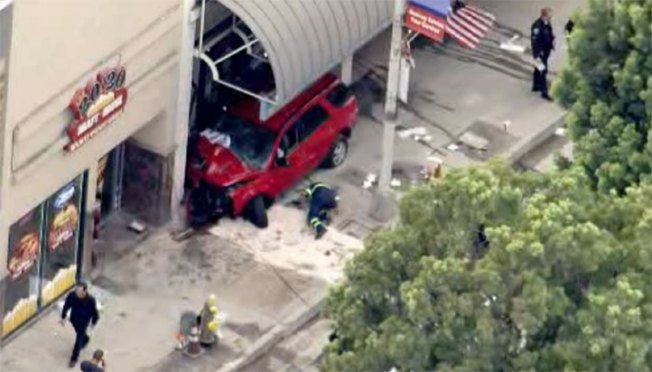 4 Hurt When Car Crashes Into Downey Business