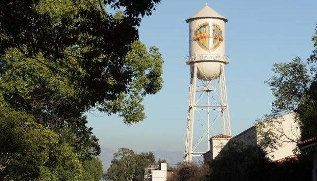 Warner Bros. Throws a Free Neighborhood Social