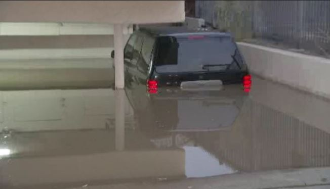 Water Main Break Leaves Vehicles Submerged at Hollywood Apartment