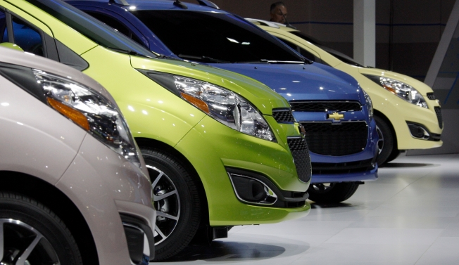 Shift to Small Cars Gains a Little Momentum
