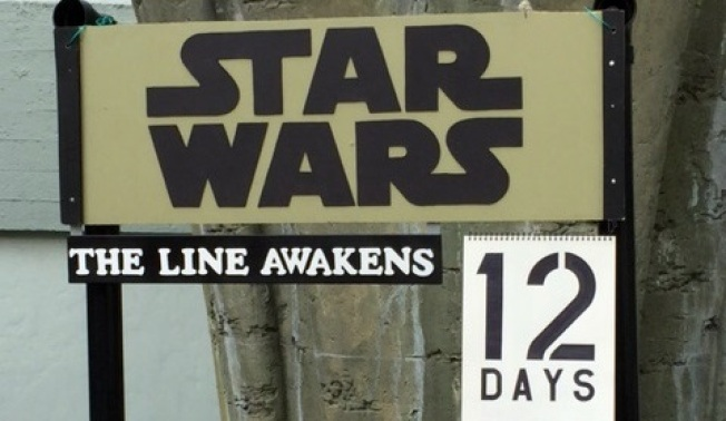 'Star Wars': The Line Awakens in Hollywood