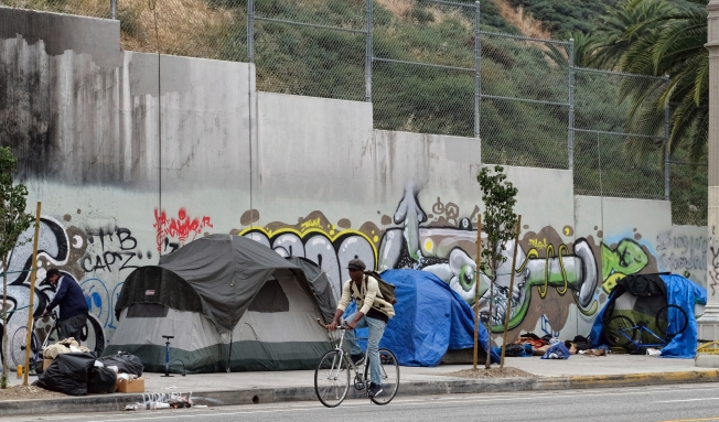 LA county homeless population rose by 24%; Long Beach figures show decline
