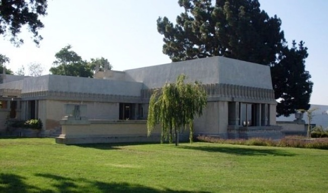 Hollyhock House: 24-Hour-Long Re-Opening