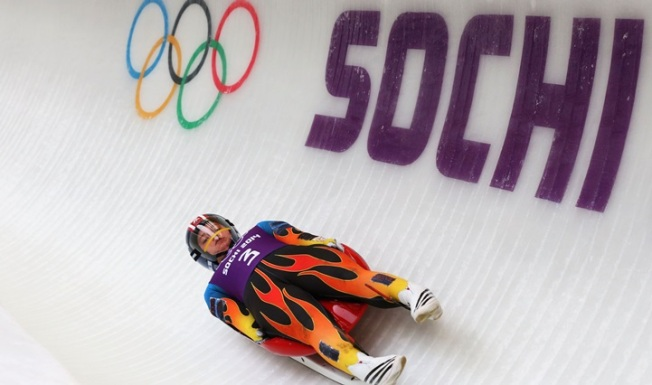 Go Kate: La Cañada Gathering Cheers for Local Luge Star