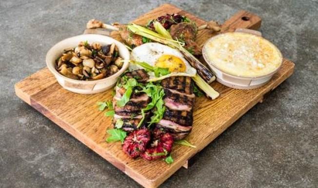 Sunny Supping: Desert Restaurant Week
