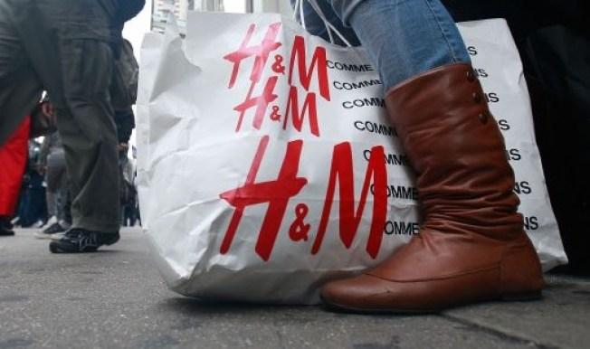 Mondo H&M Bows at FIGat7th