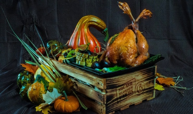 Offbeat Thanksgiving Feasts: Find Your Grateful Go-Out