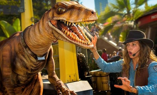 New: Raptors Encounter at Universal