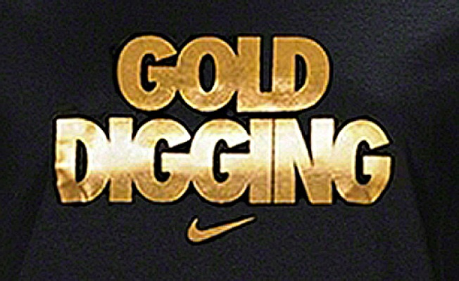 """Nike's """"Gold Digging"""" T-Shirt Stirs Controversy"""