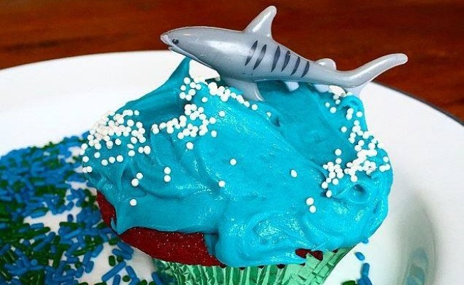 Shark Week Snackage: Playa Treats