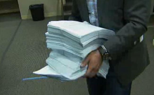 """Petitions Demand LA Schools """"Put Students First"""""""