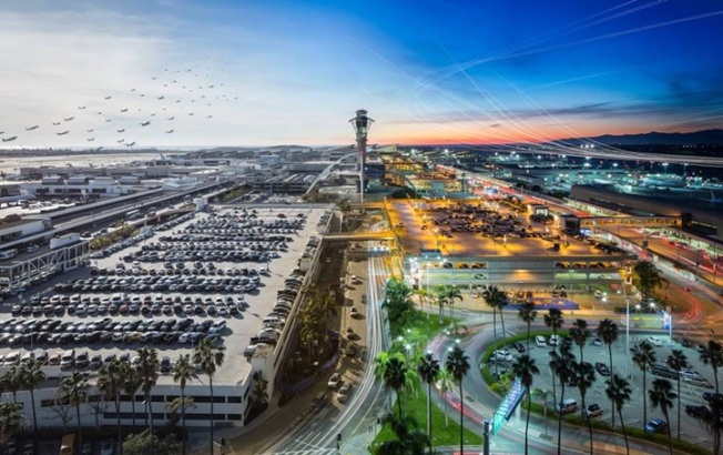 LAX All Day Long: Airport Photo Goes Big