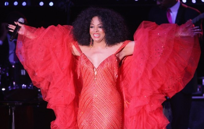 OC Weekend: Diana Ross, Xmas Boats, Winter Fantasy