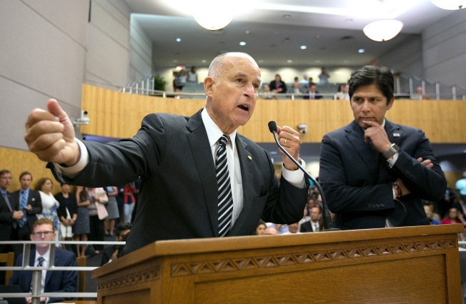 California Nears High-Stakes Decision on Landmark Climate Law