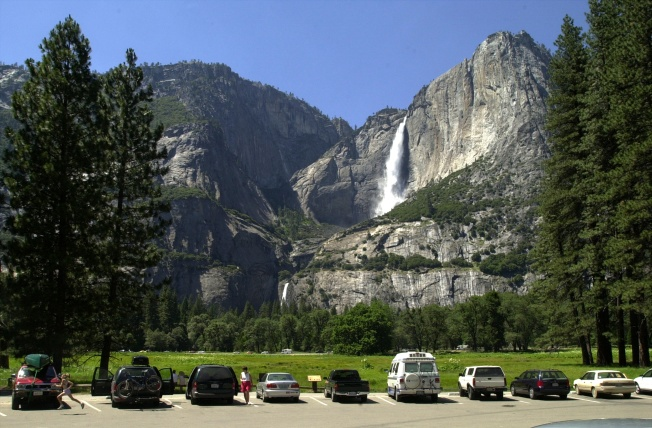 Snow, Ice, Mudslides Shut Down Yosemite Roads
