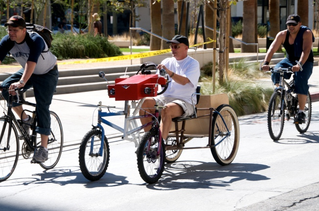 Thousands of Cyclists, Pedestrians Taking Over SGV for CicLAvia