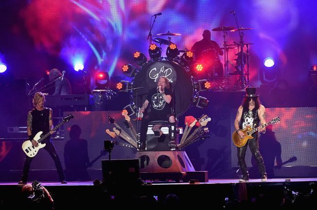 Guns N' Roses to Rock Dodger Stadium