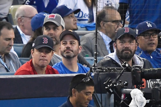 [LA GALLERY updated 10/27] Celebrities in the Stands: Dodgers Edition