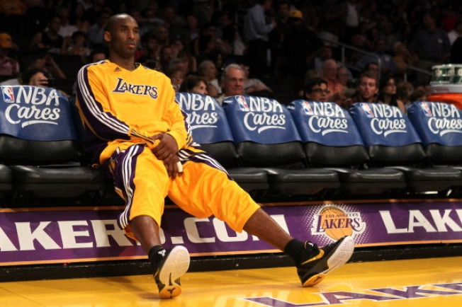 Lakers' Trust Issues Have Them Down 2-0