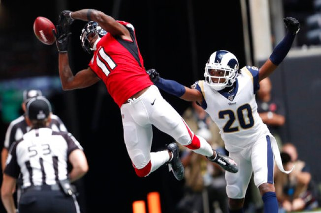 Rams Snap Skid by Beating Falcons 37-10 as Ryan Hurts Ankle
