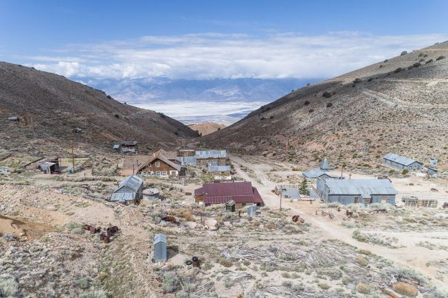 [LA ONLY] Photos: Take a Look Around This California Ghost Town