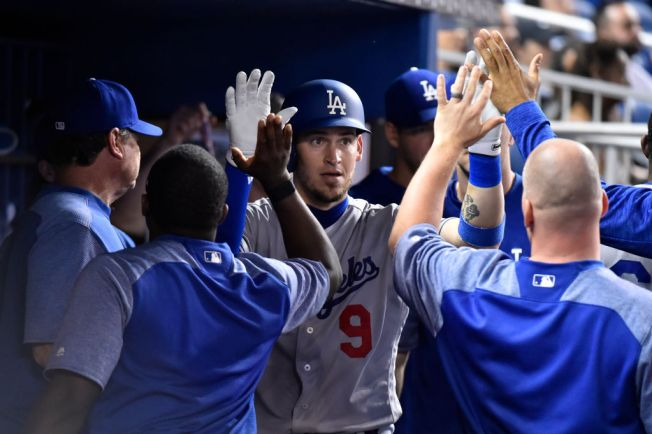Dodgers Show Some Fight in 6-5 Loss to Fish