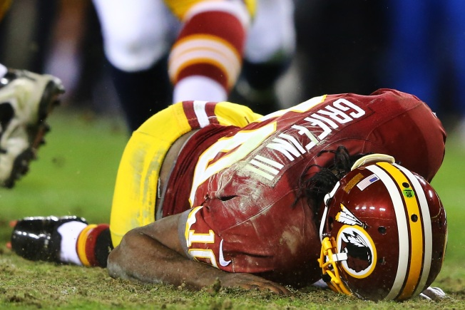 Report: RGIII Has Partial Tears of 2 Knee Ligaments, MRI Suggests