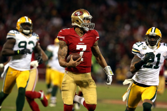 Kaepernick, 49ers Shred the Packers