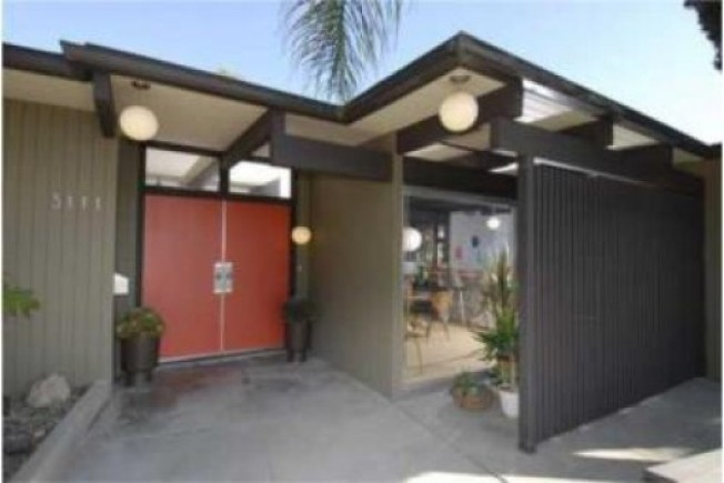 Reader Poll: Midcentury Mod in...Alhambra?
