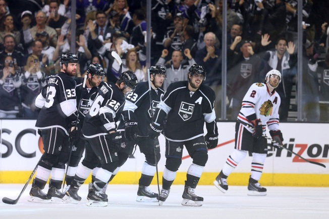 Kings vs. Blackhawks: Three Keys to a Los Angeles Victory