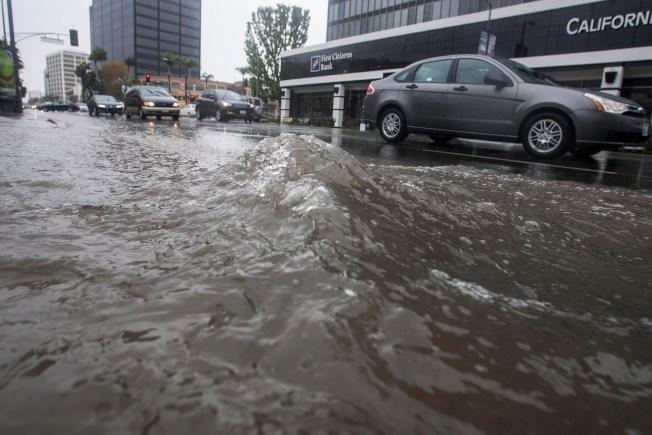 Flash Flood Warnings Issued Through LA County