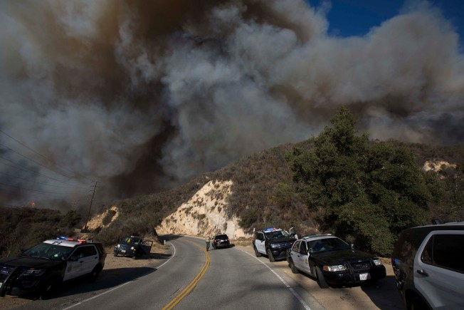 Smoke From Woolsey and Hill Fires Leads to Unhealthy Air Quality